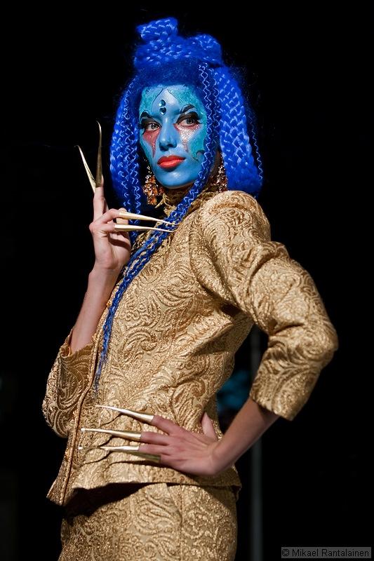 Fashion Circus 2004