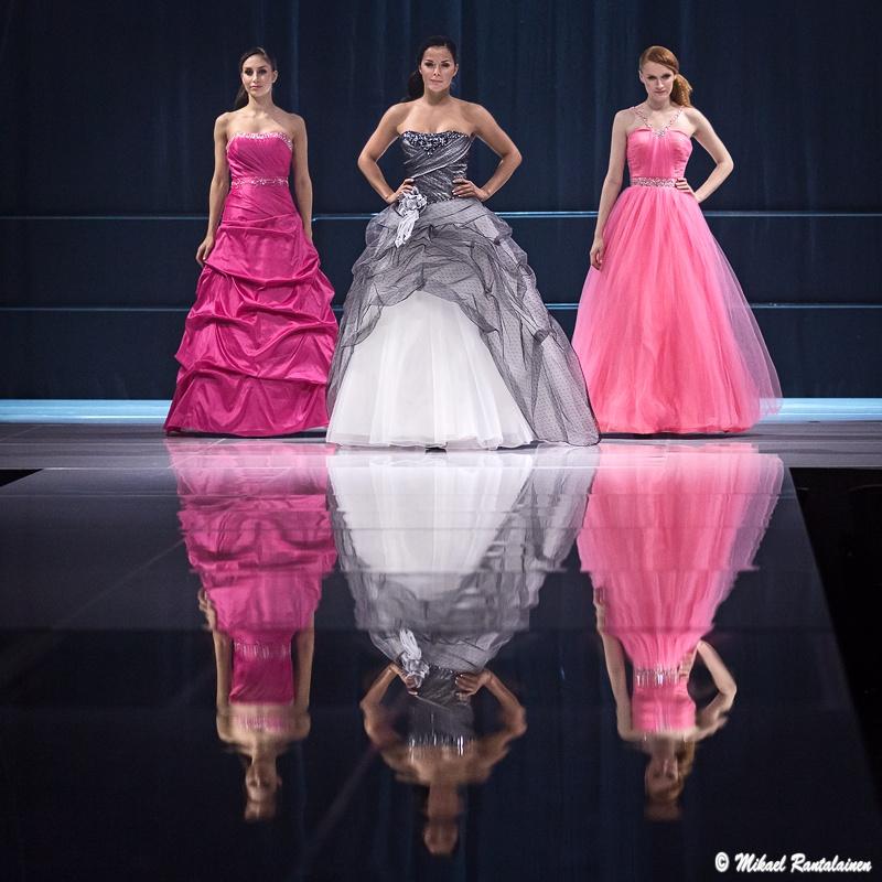 I love me 2012 - Wedding and Evening Dress Fashion Show