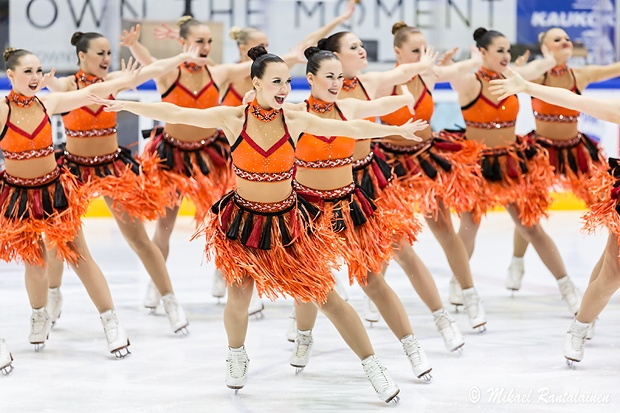 Aloha Tahiti, Aloha Moho!, short program by Rockettes, Helsinki, Finland